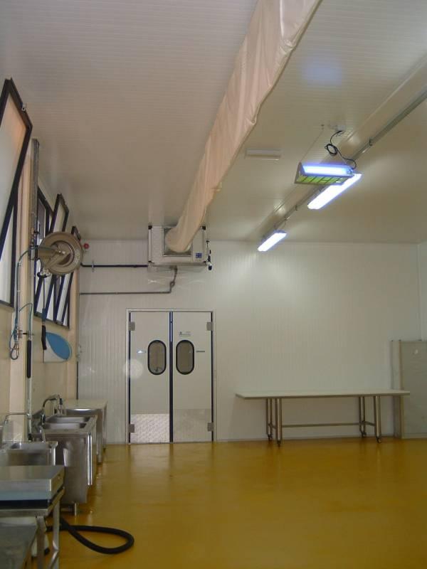 Climatizzazione Ambienti Lavoro - Sala lavorazione con evaporatore e UTA