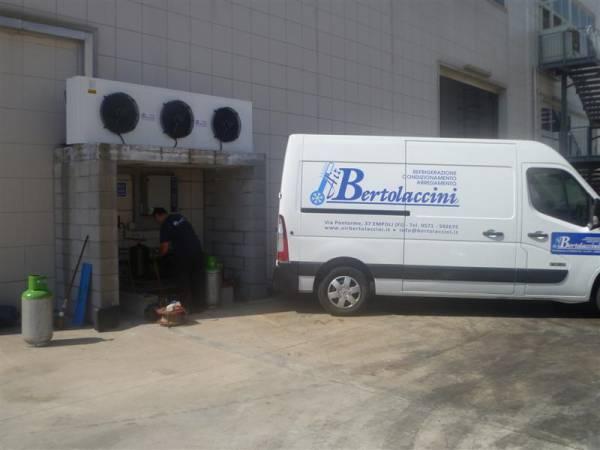 Assistenza Tecnica Specializzata con Furgoni_Officina_ Air Bertolaccini