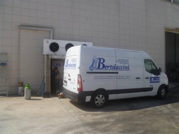 AirBertolaccini _ Furgoni officina attrezzati a laboratorio e tecnici specializzati  per interventi su impianti frigo e condizionamento