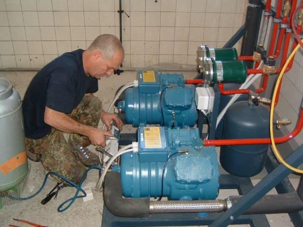 Intervento tecnico su impianto di refrigerazione cella