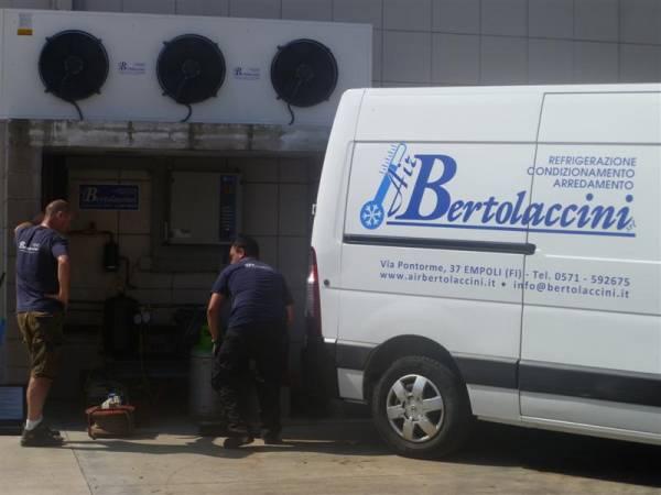 Interventi di manutenzione si impianto refrigerazione di una conceria