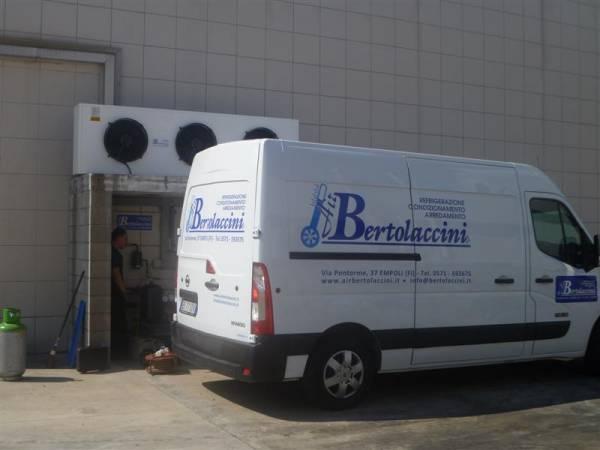 AirBertolaccini _ Furgoni officina attrezzati a laboratorio per interventi su impianti frigo e condizionamento