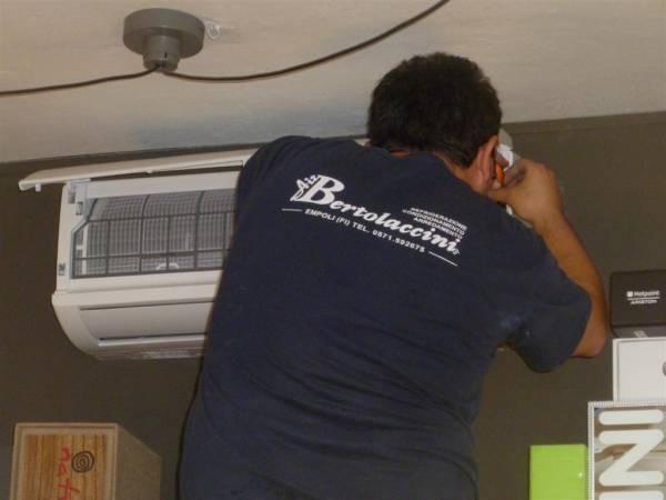 Progettazione ed installazione impianti climatizzazione residenziale, uffici, bar, negozi e ristoranti