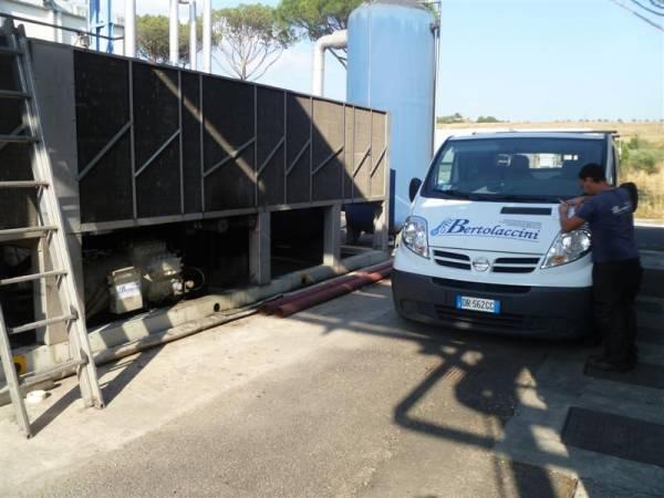 Manutenzione compressori su impianto refrigerazione industriale Air Bertolaccini