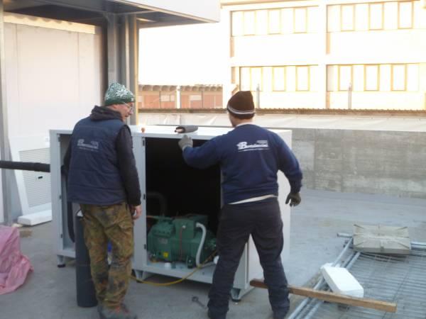 Installazione unita' motocondensante esterna per cella frigo conservazione pelli grezze