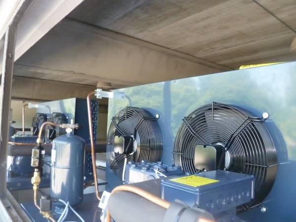 Untià motocondensante esterna installata presso le cappelle Sale del Commiato - Firenze